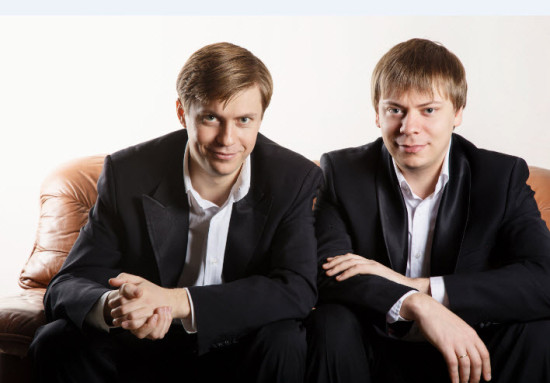 Saratovsky brothers piano duo